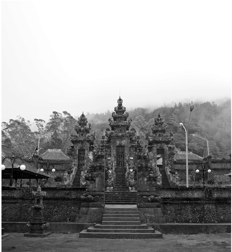 Mount Agung Pura Pasar Agung