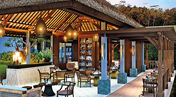 WO - Mandapa, The Library Bar