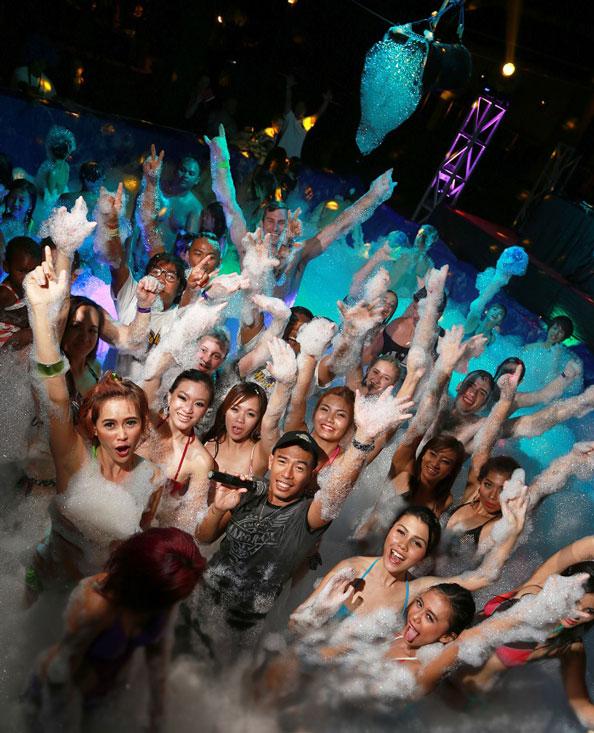22 Foam Party