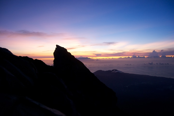 Agung Sunrise1