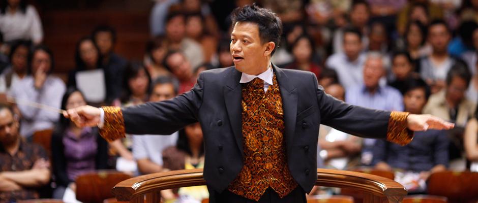 Avip Priatna, Indonesian Conductor and Pianist