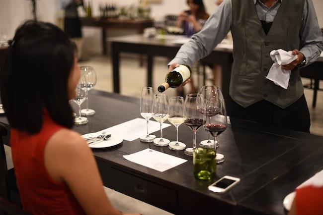 Photo 1 Chaine Bali Hatten Wines