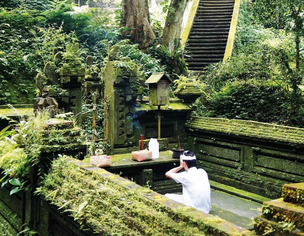 tampaksiring-temples-4
