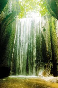 theme-wtg-tukad-cepung-waterfall-4a