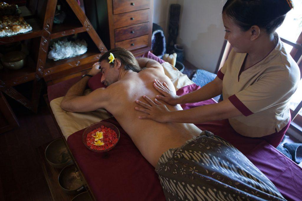 Chakra Balancing in Bali with Dhatri Crystal Healing
