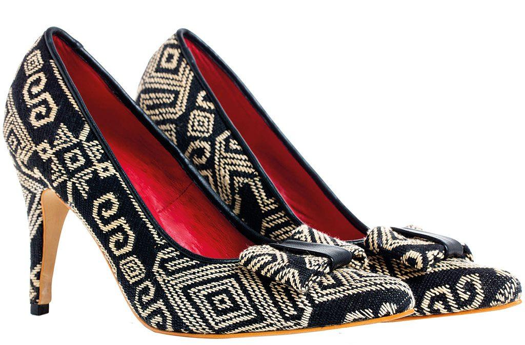 Black-Pahikung-Tribal-Ikat-Stilettos
