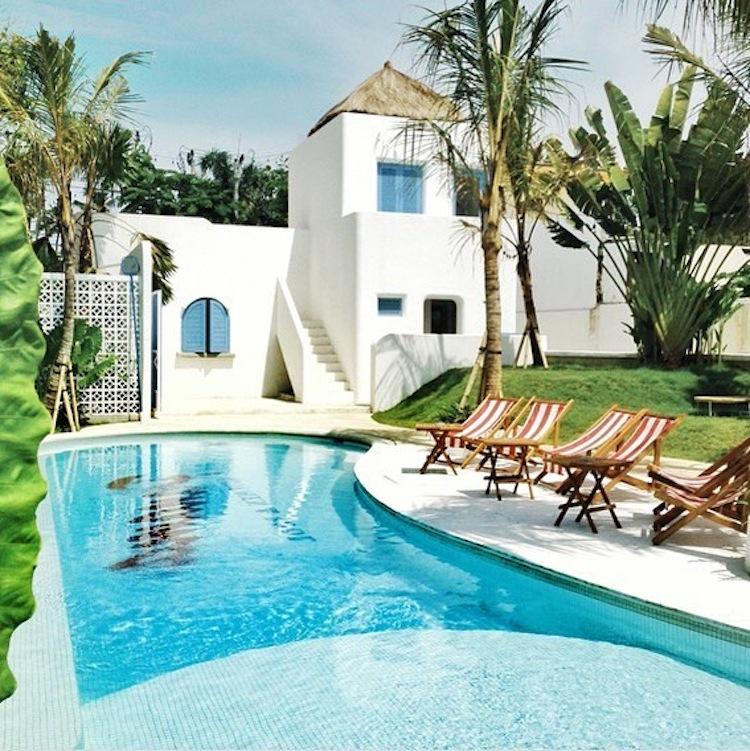 Panama Kitchen & Pool 2