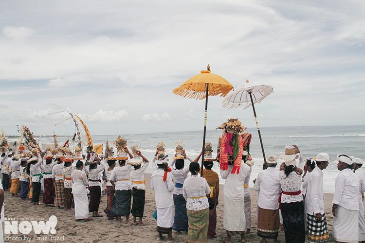 Melasti Purification Ceremony NOW BALI 4