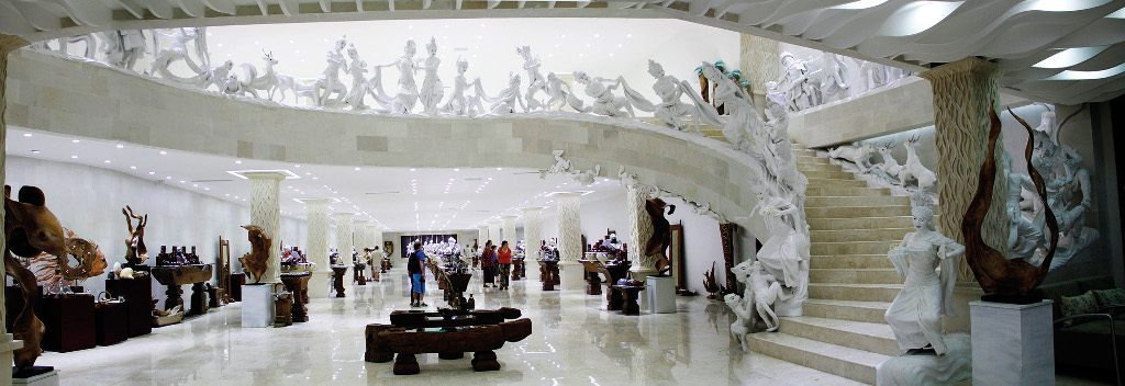 Theme - WTD - Jewellery shopping - UC Silver - interior gallery