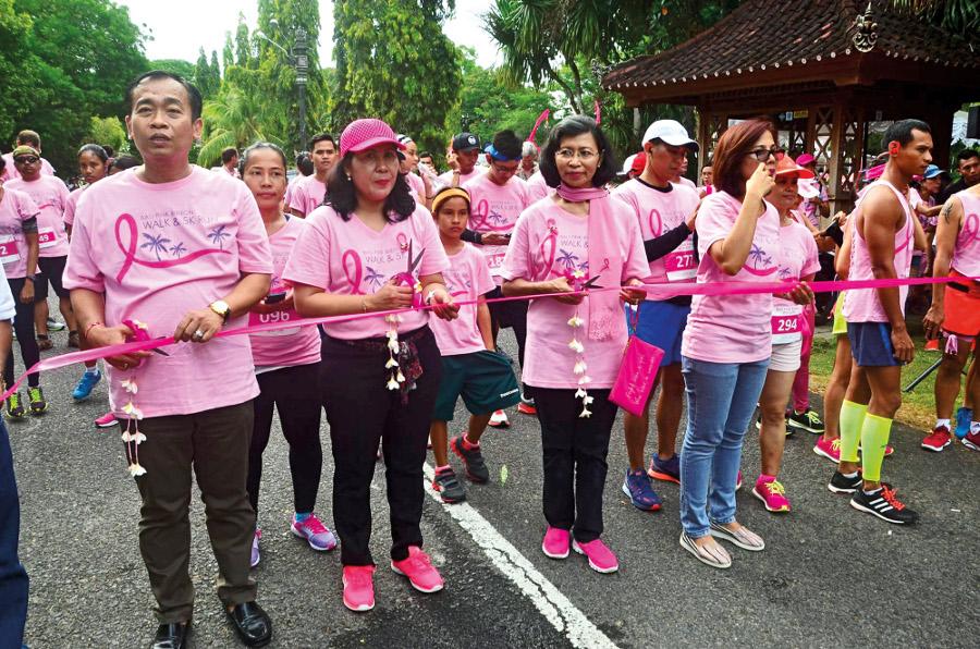 Bali Pink Ribbon - event fun walk 2016 (1)