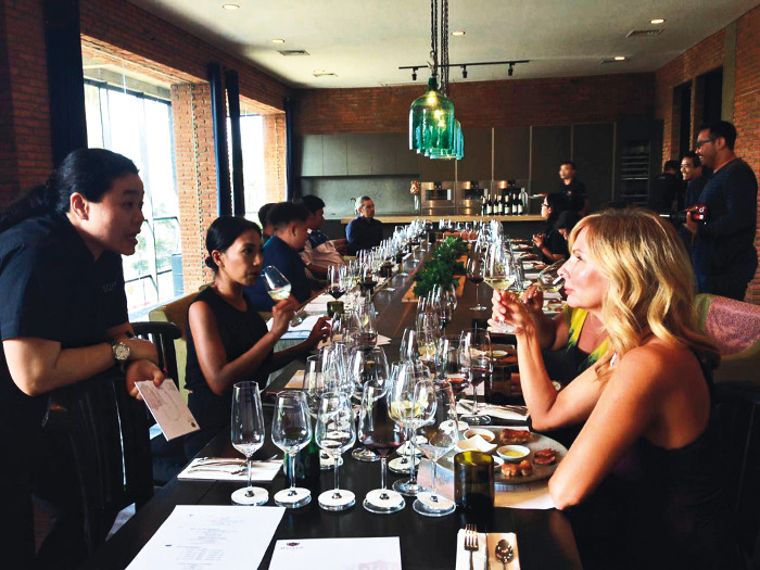 DS - Weekly Wine Classes at The House of Hatten Wines