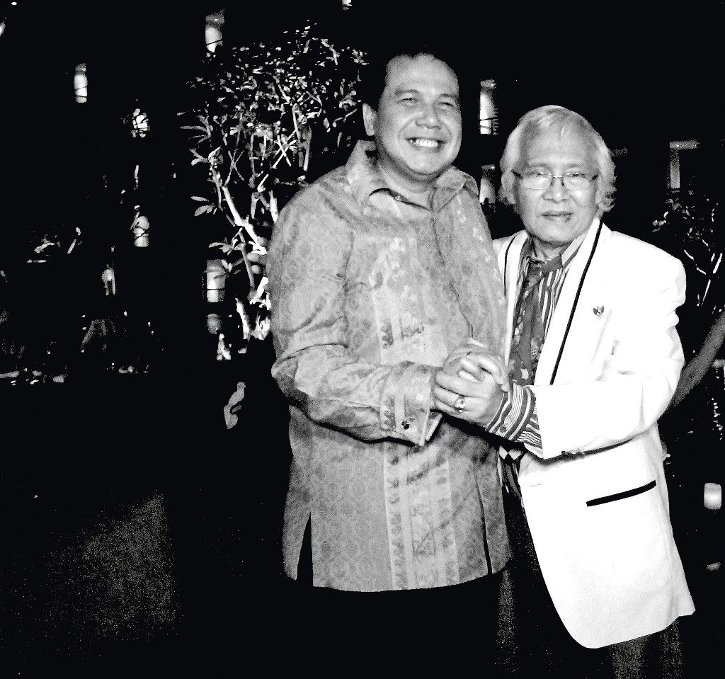 Obituary - I Nyoman Gunarsa (right) during the soft opening of The Trans Resort Bali in 2014