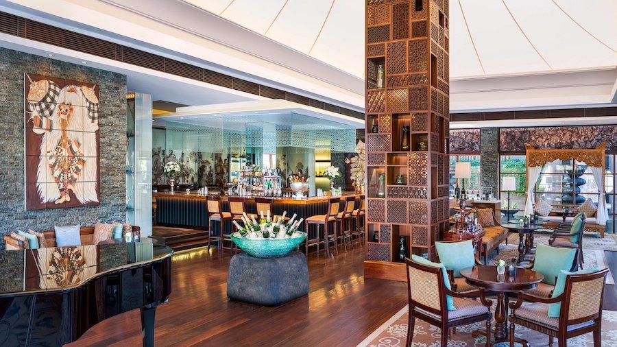 Nightlife in Nusa Dua - King Cole Bar St Regis Bali