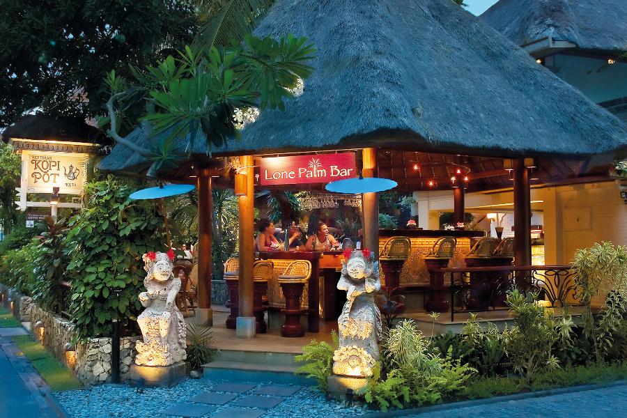 Bali cafes kopi pot kuta coffee legian