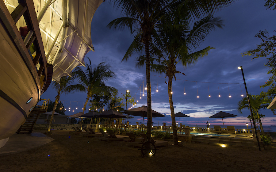 Atlantis Beach Club in Labuan Bajo 1