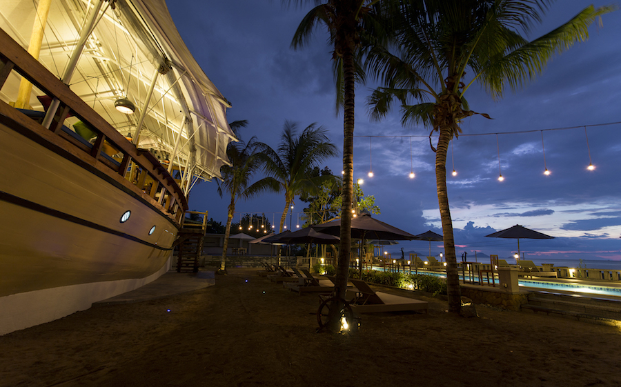 Atlantis Beach Club in Labuan Bajo 2