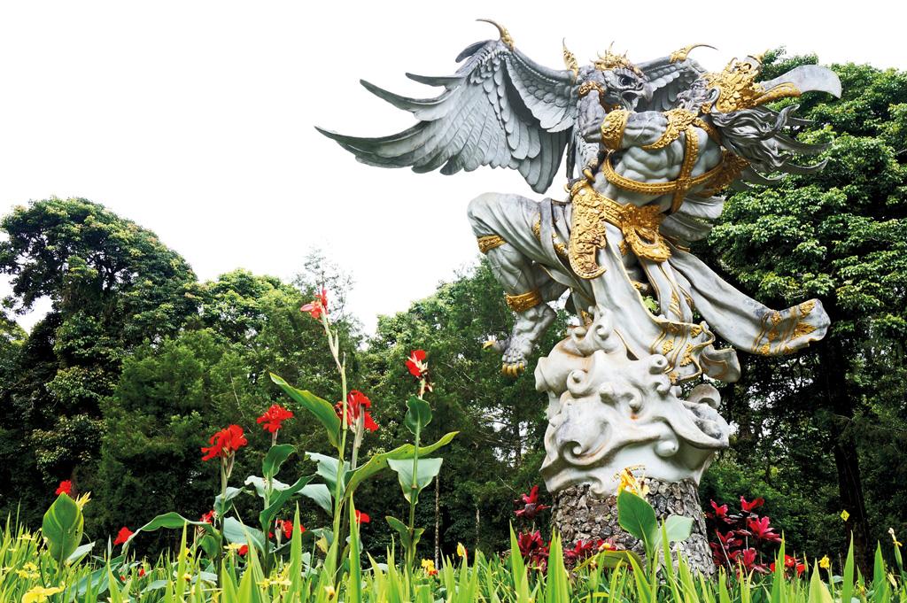 Bedugul-Botanical-Garden-(9)