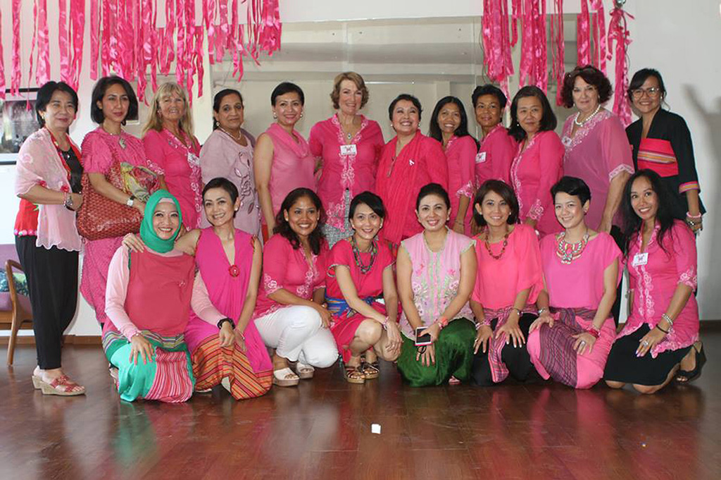 Theme---Unsung-Heroes---Health---Bali-Pink-Ribbon--(1)