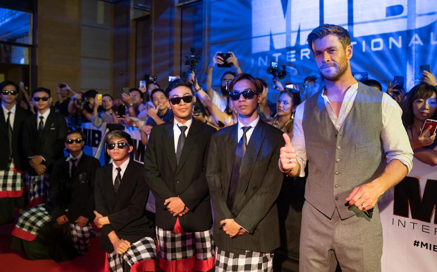Chris Hemsworth in Bali 2019