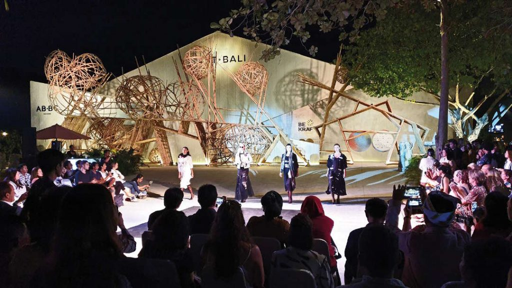The opening of Art Bali 2019 Specultive Memories was highlighted by a fashion parade by the Fasion Council of Western Australia (FCWA)