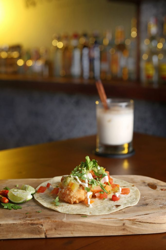Los Jefes Tequila Bar and Kitchen 4