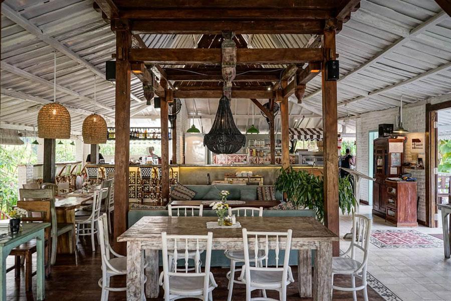 Restaurants in Uluwatu - ROLLING FORK