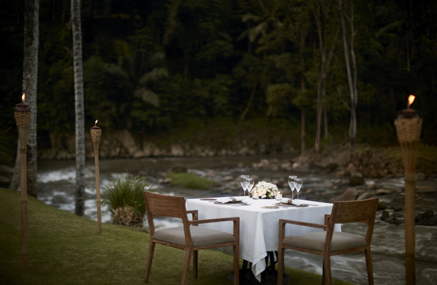 Valentines Day Romantic Dinner in Bali - Mandapa Ubud