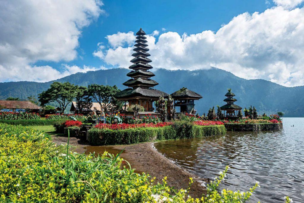 Pura Ulun Danu Beratan - Bedugul Temple Bali