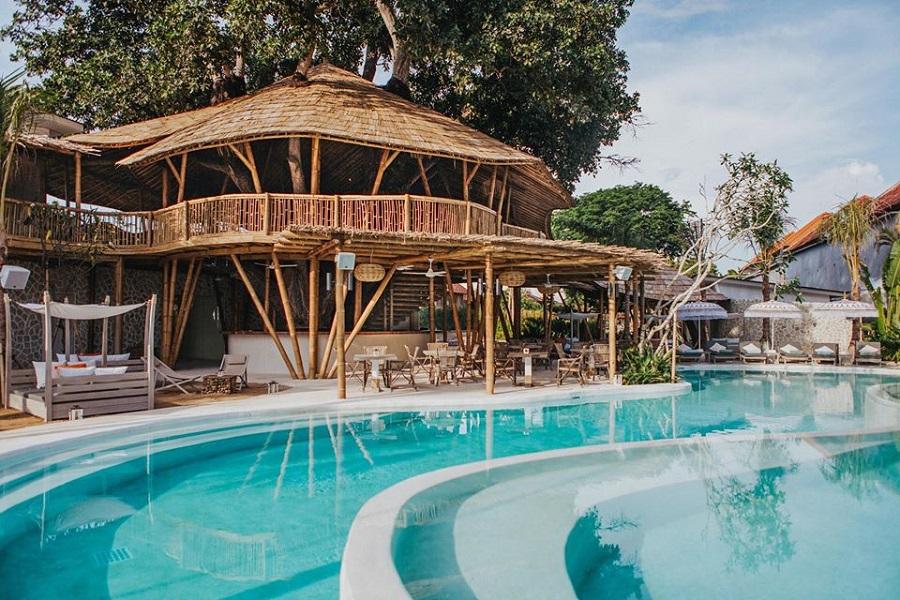 Best Restaurants in Sanur - ARTOTEL Beach Club