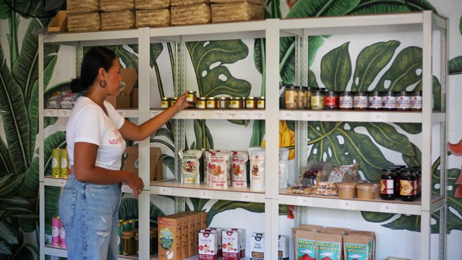 Re-Publik Bali Berawa Cafe 5