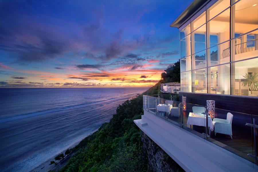 Valentine_s-Day-in-Bali---Four-Points-Ungasan