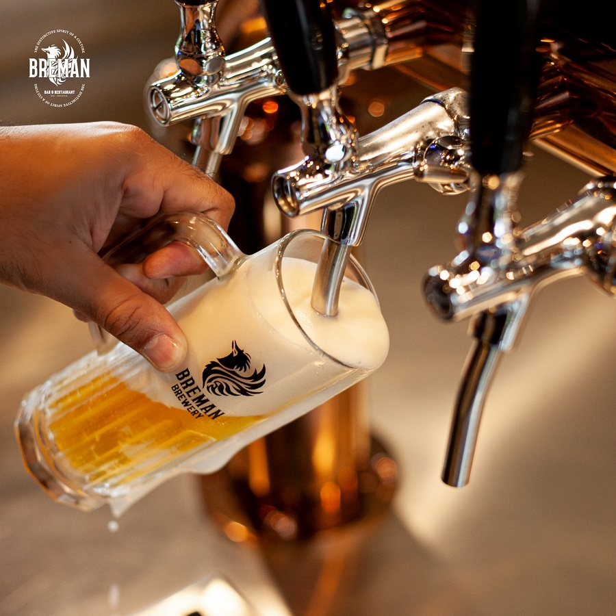 Breman Beer Pour