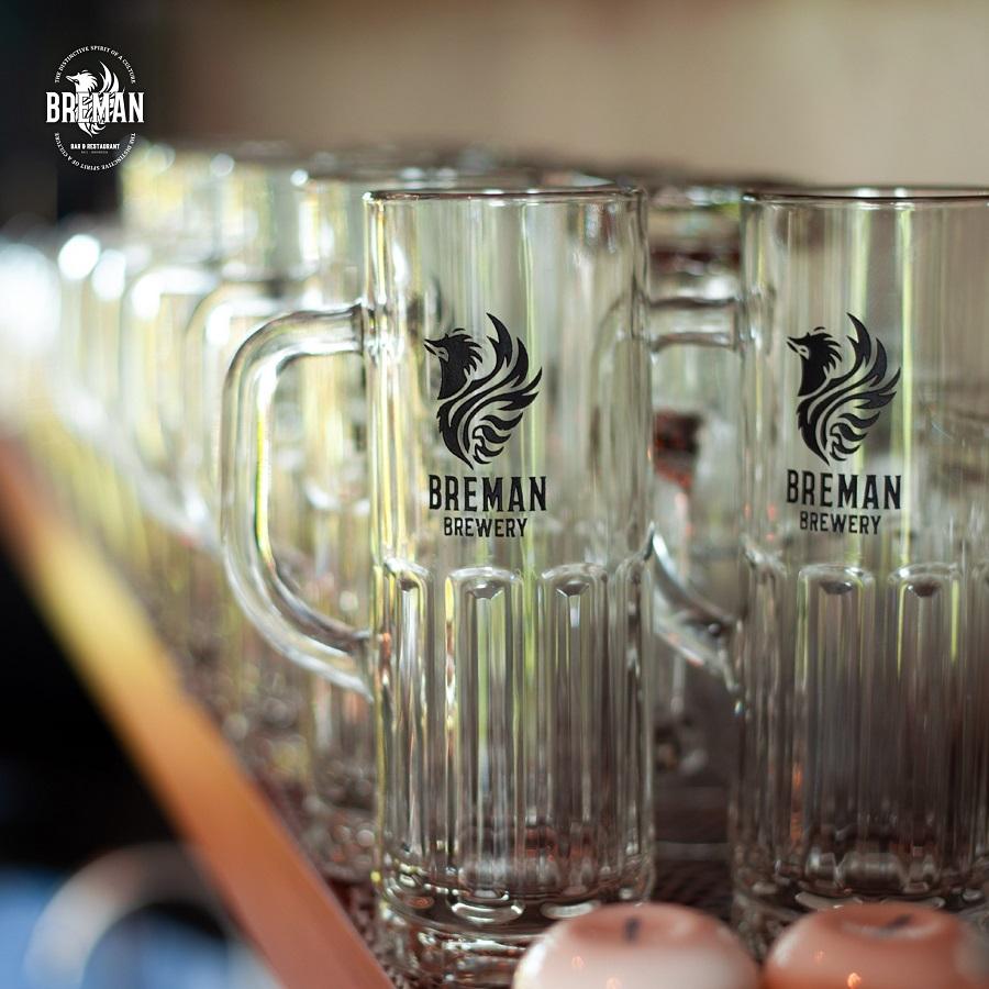 Breman Pint Glass