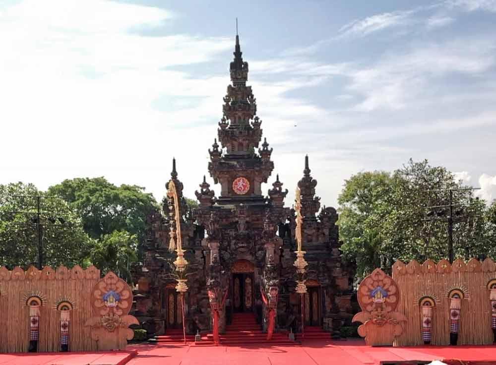 Taman-Werdhi-Budaya-Art-Centre-Bali-1